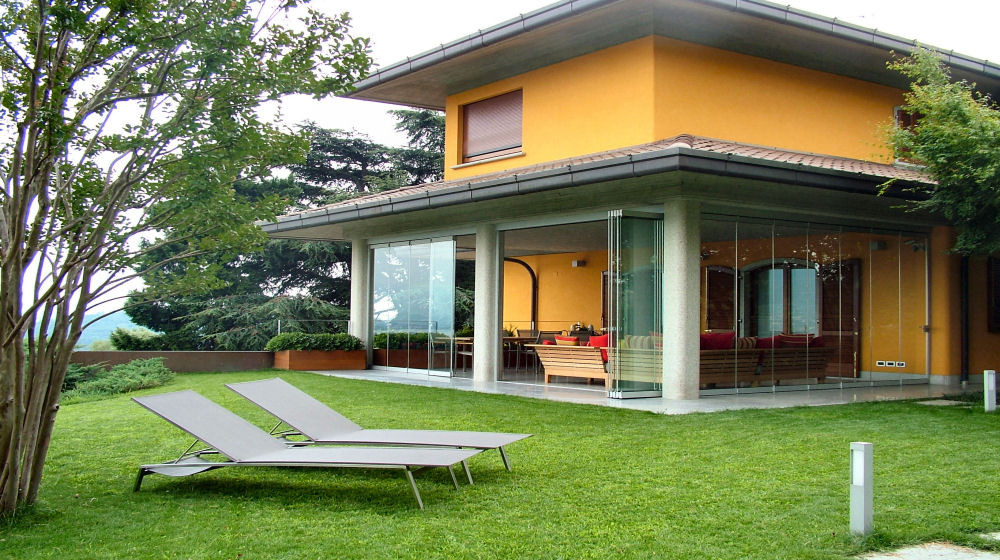 Photogallery verandas terraces balconies gazebos and for Villette con vetrate
