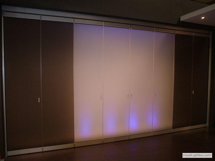 raumteiler bewegliche ganzglasfaltw nde. Black Bedroom Furniture Sets. Home Design Ideas