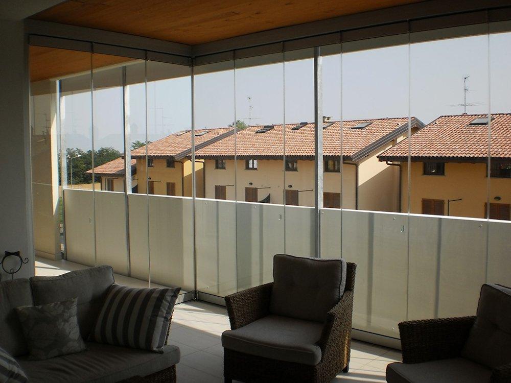 Photogallery balconi e terrazzi for Infissi balcone