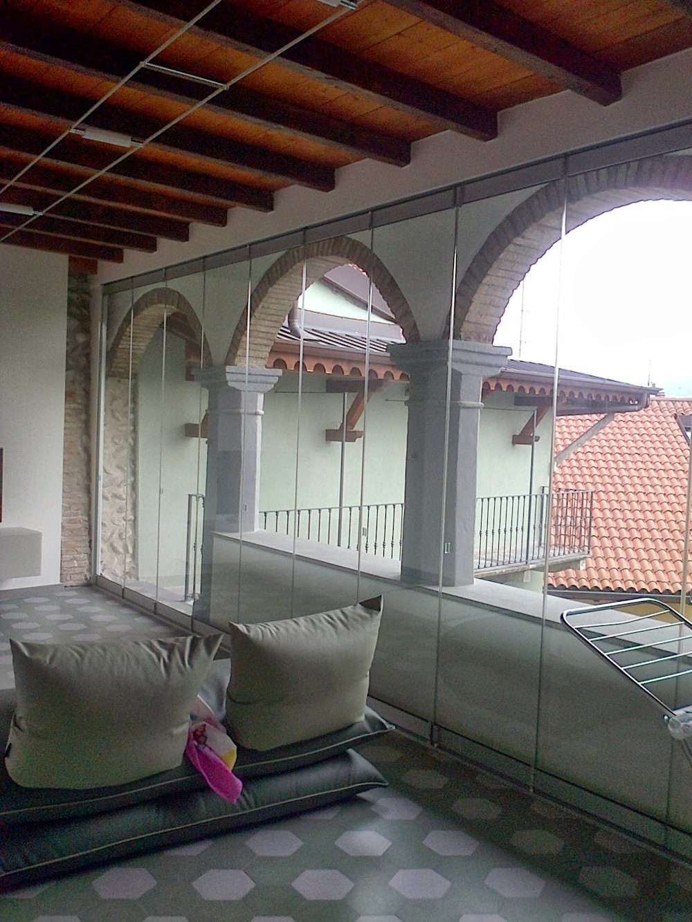 Photogallery verande porticati pergole for Aggiungendo un portico ad un ranch