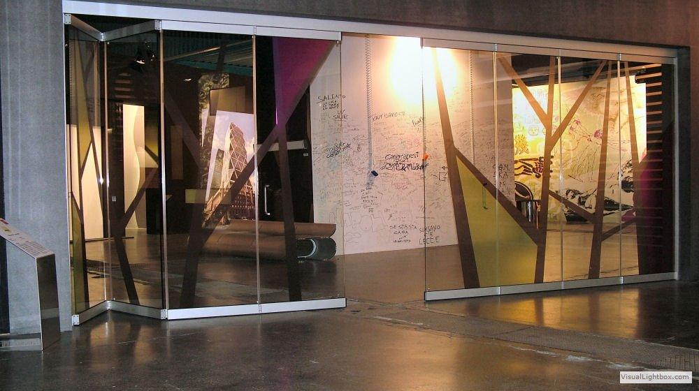 Divisorio per interni, Mostra tematica Verticalia