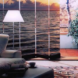 I divisori per interni con vetri decorati for Elementi divisori per interni